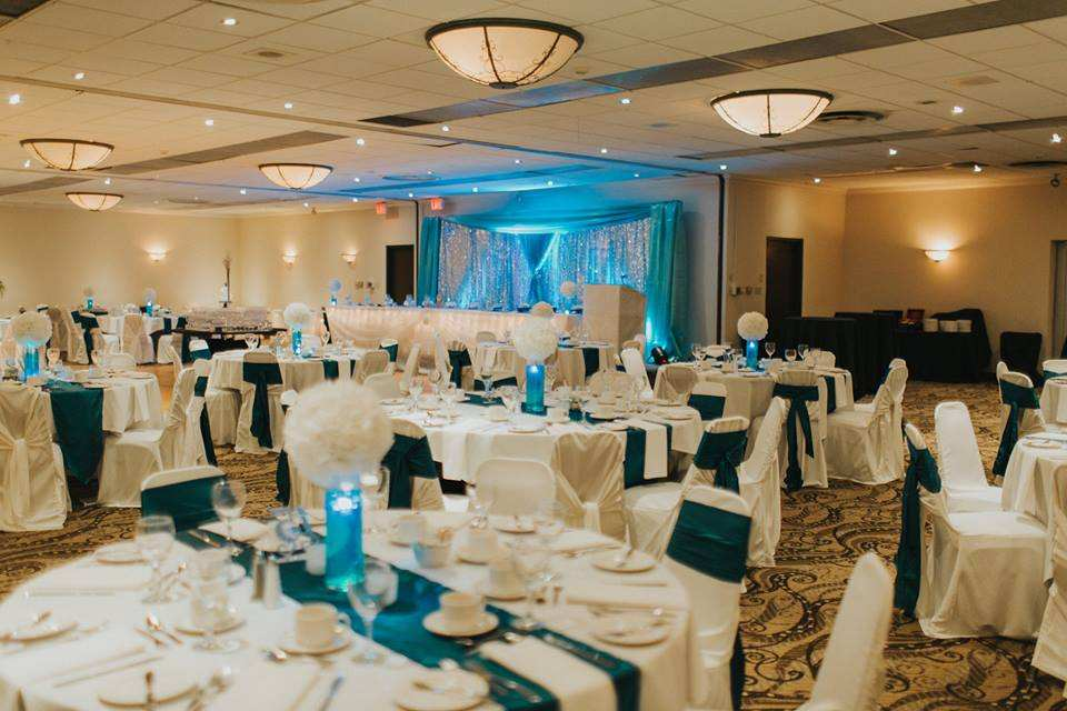Cambridge Hotel Ontario-Event Venue